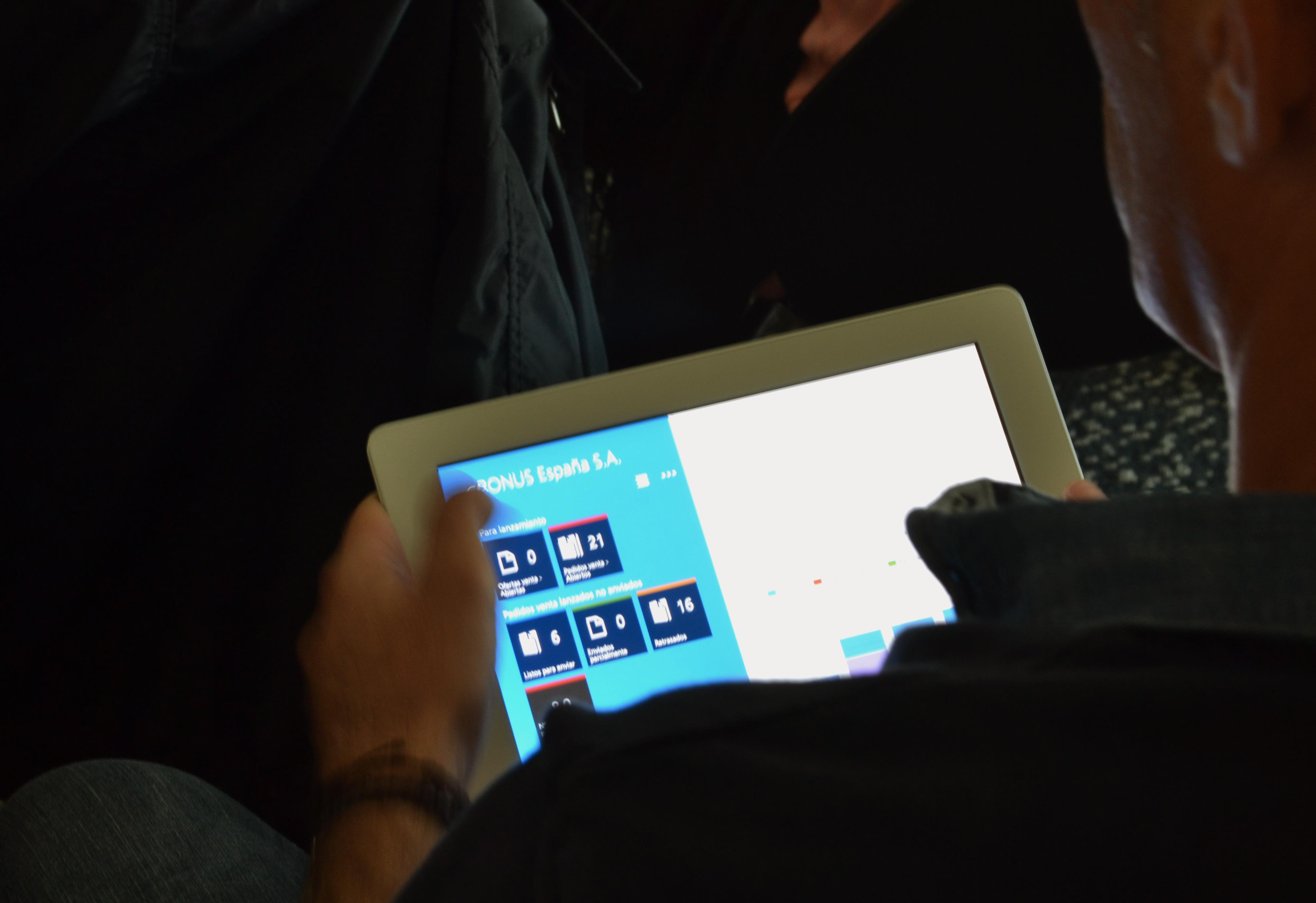 Tablet-Asistente_NAV2015BCN