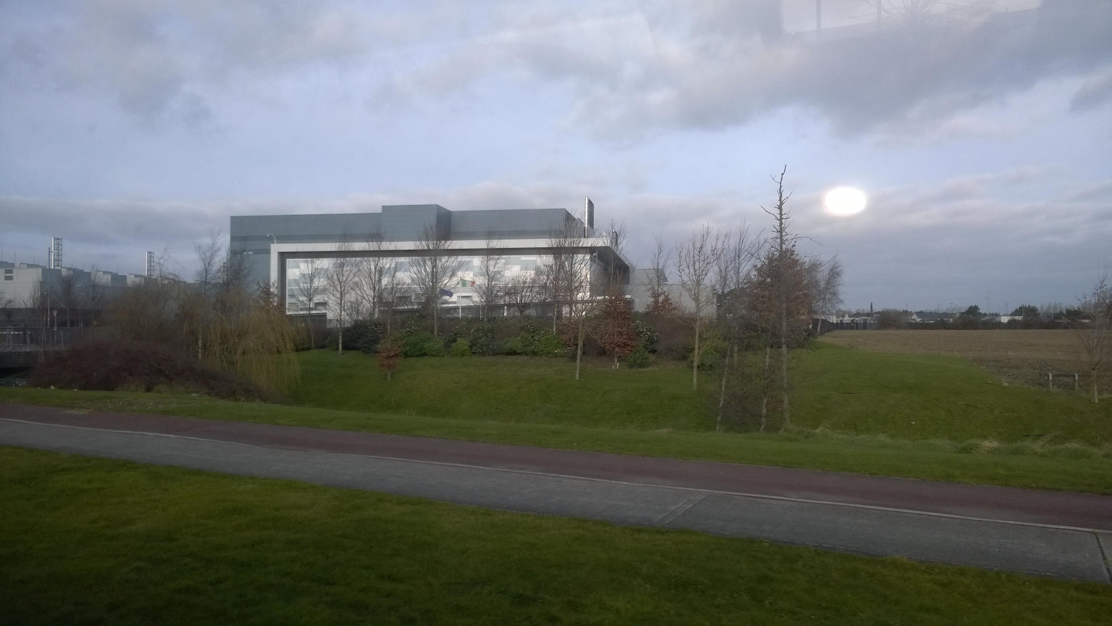 Exteriores Data Center Microsoft en Dublín